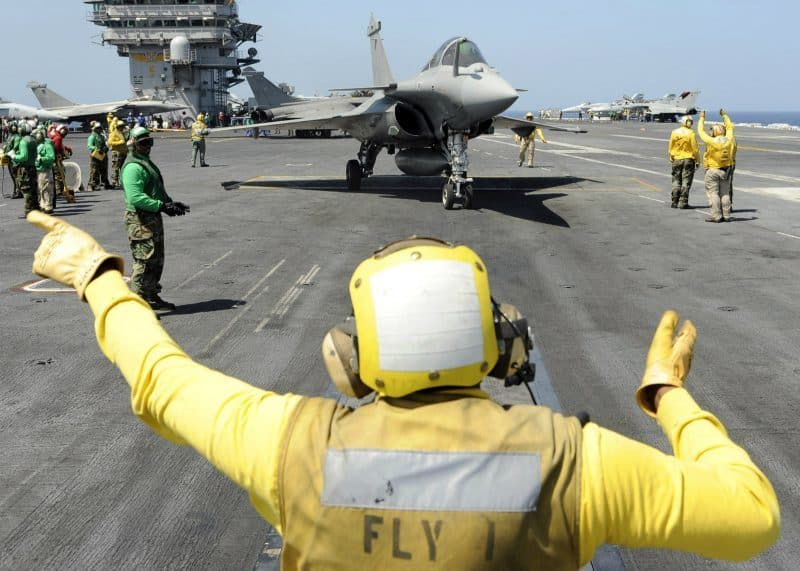 12_Aircraft Carrier crew